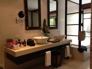 The Bo Phut Garden Villa Bathroom
